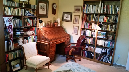 desk library