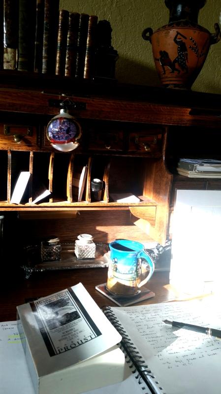 hemingway desk closeup
