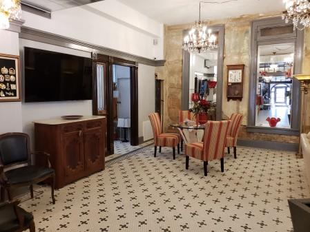 Redlands lobby 3
